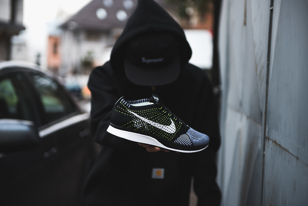 low priced f208e ce8ae ... Nike Flyknit Racer