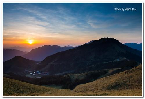 morning sky clouds sunrise taiwan d800 nantou 2470 28g renaitownship 台灣,南投,仁愛鄉,合歡山,早晨,日出,天空,雲,山, acaciamountain mountains,nikon