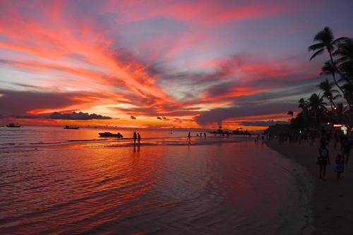 Sunset on Boracay   by cnener