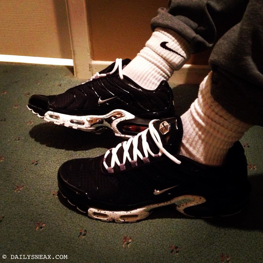 official photos dface 4174b Hanging out in my new Nike Air Max Plus TNs Tuned 1. I lik ...
