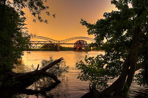 bridge water river portland connecticut ct middletown hartford connecticutriver middletownct yellowbook portlandct greatermiddletown