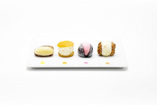 Fruits déguisés   by studio mixture