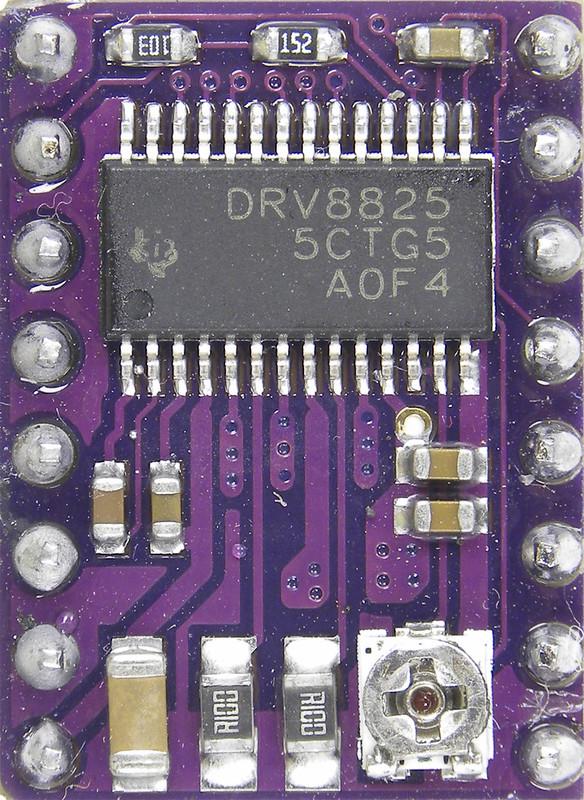 DRV8825 01