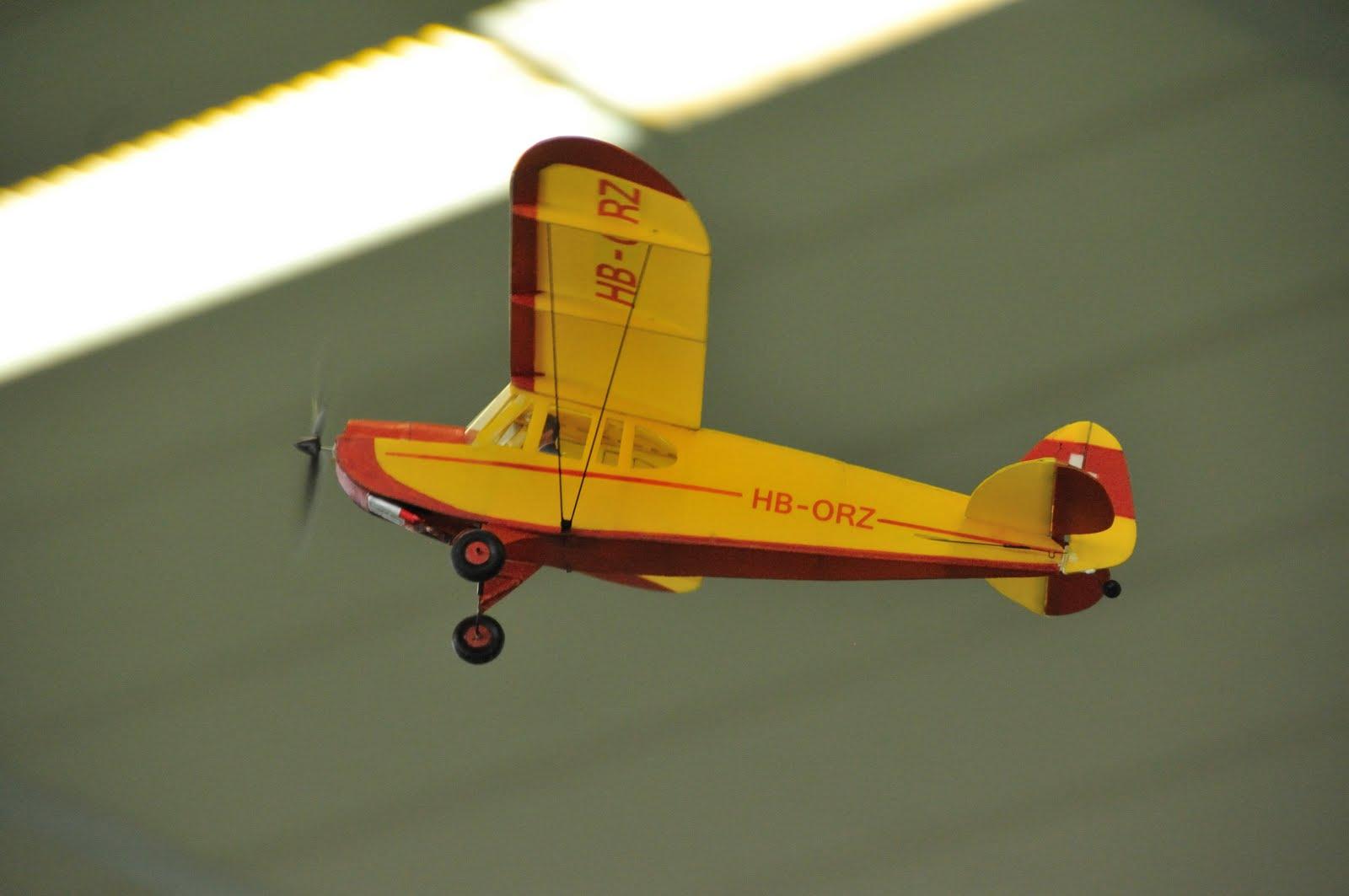 MGMU Hallenfliegen 2011