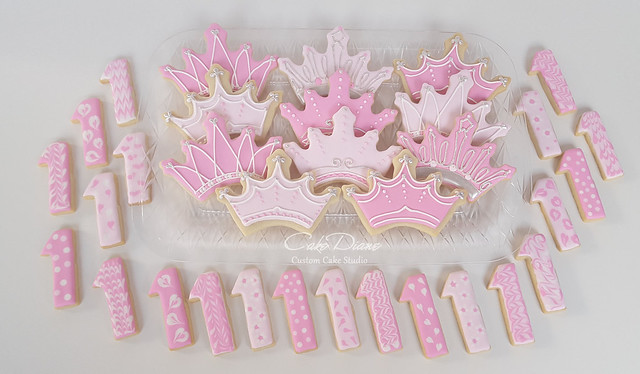 Tiara 1st birthday cookies