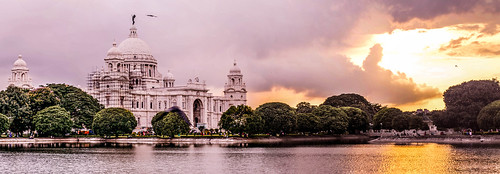 casualphotography cloudporn cloud sunset color water lightroom marble desiphotographer netgeo netgeotravel indianphotography 500px nikon nikonphotography sculpture wallsculpture green face emotions nikond3200 50mm18 colorful buetiful victoriamemorial kolkata india