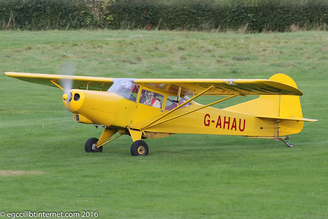 G-AHAU - 1945 Taylorcraft built Auster J/1 Autocrat, taxiing for departure at Barton