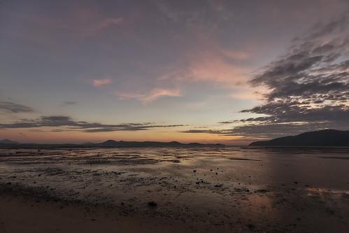 2018 phuketisland thailand island phuket dawn sunrise daybreak sea sand sky clouds lowtide tambonrawai changwatphuket th
