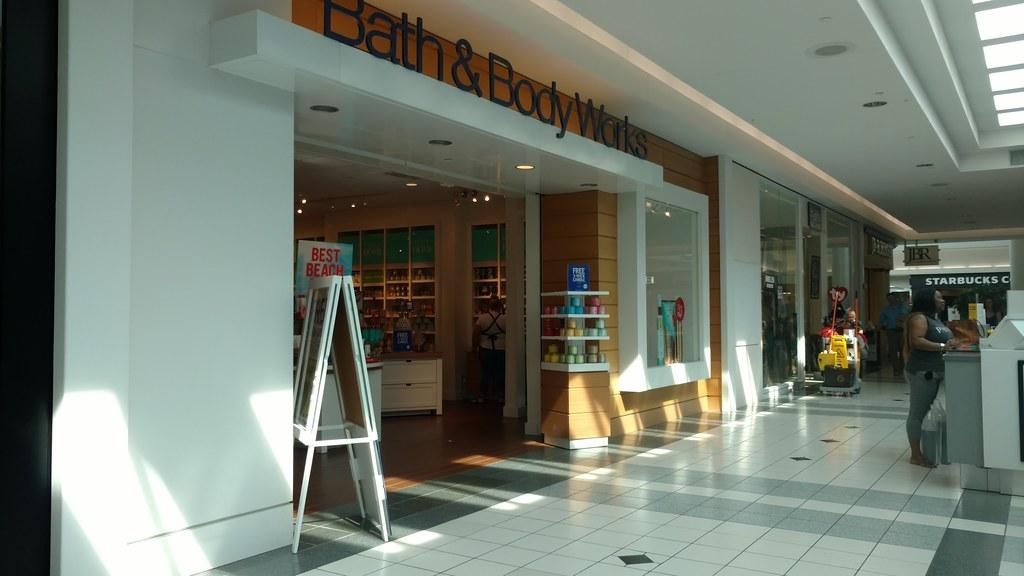 Fort Wayne Mall >> Glenbrook Square Fort Wayne In Glenbrook Square Started Ou Flickr