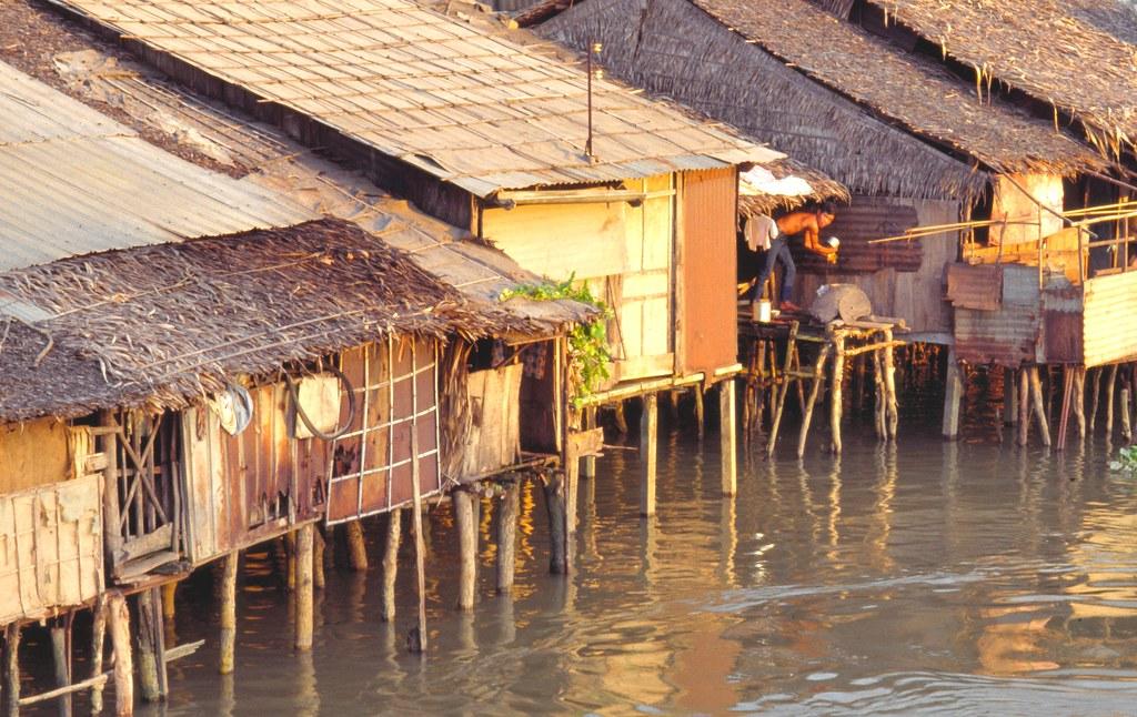 viet_sud_111 : le long de l'eau, Sud Vietnam