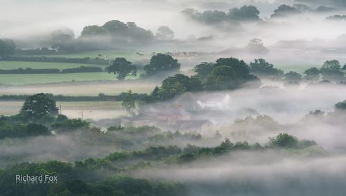 boveytracey boveyvalley mists mist misty fog foggy sunrise devonshire teignbridge