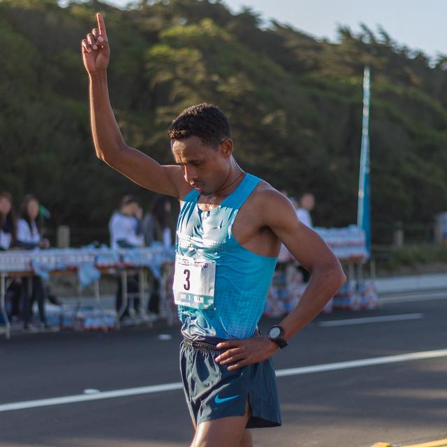 Bay To Breakers 2013: race winner Tolossa Gedefa Fufi