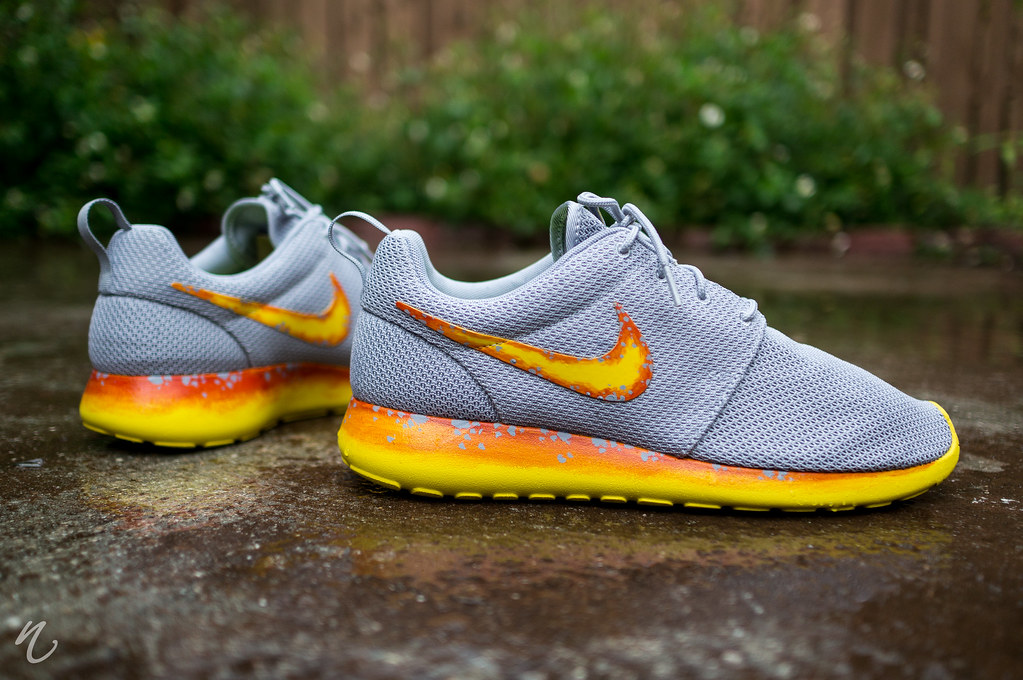 Nike Roshe Run Custom Speed Yellows | Camera: Sony NEX 6 L