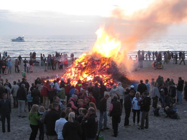 Sankt Hans Hornbæk strand 2012 1