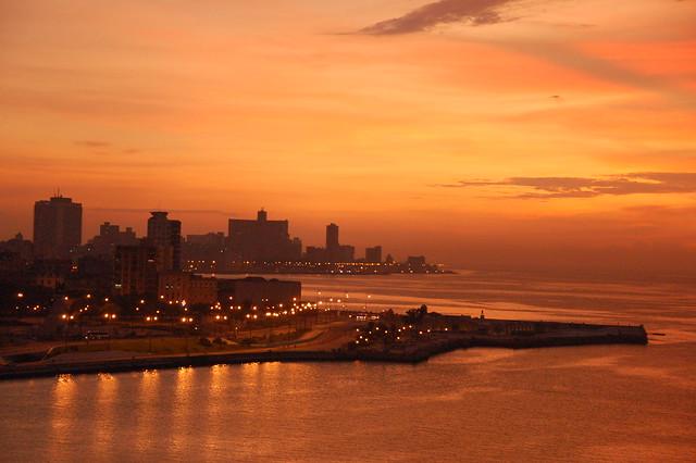 La Habana: Atardecer en el Malecon!
