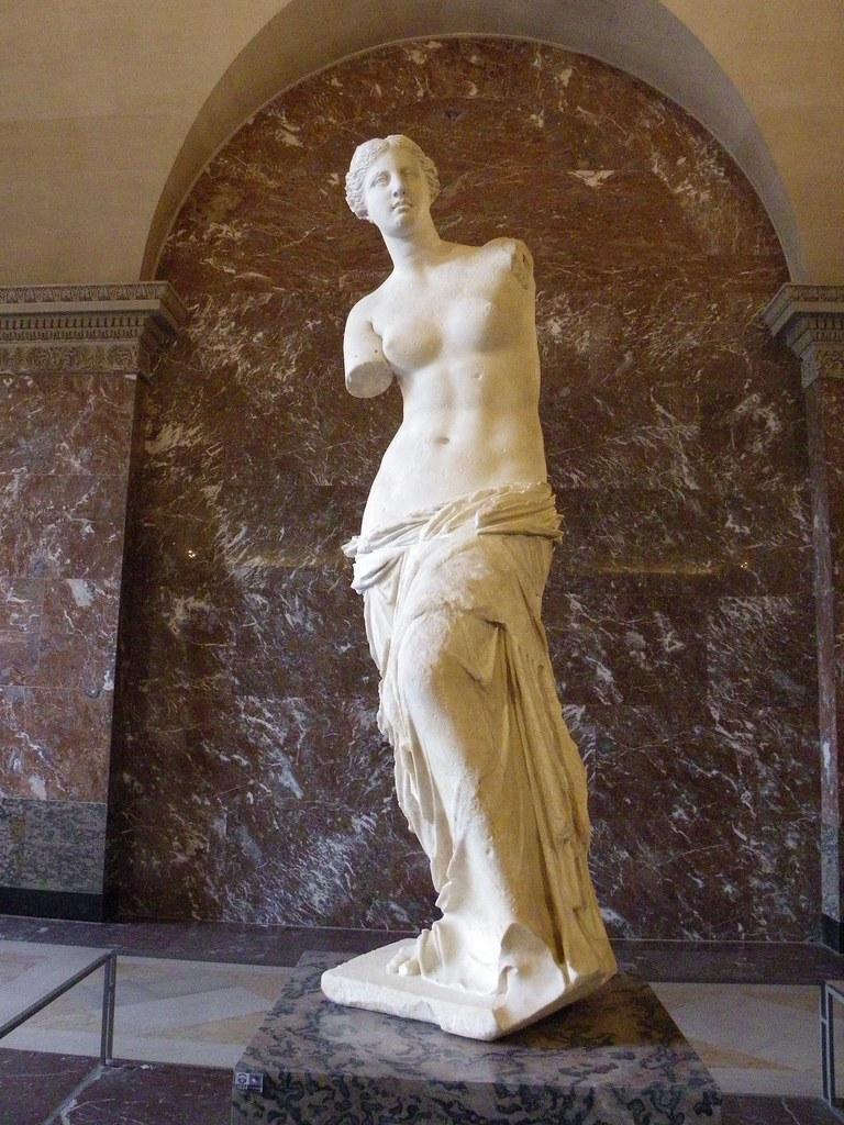 Afrodita, Venus de Milo, Museo del Louvre
