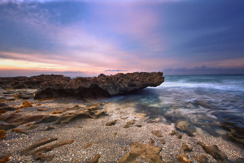 sunrise cloudy palmbeach jupiterbeach blowingrockssunrise