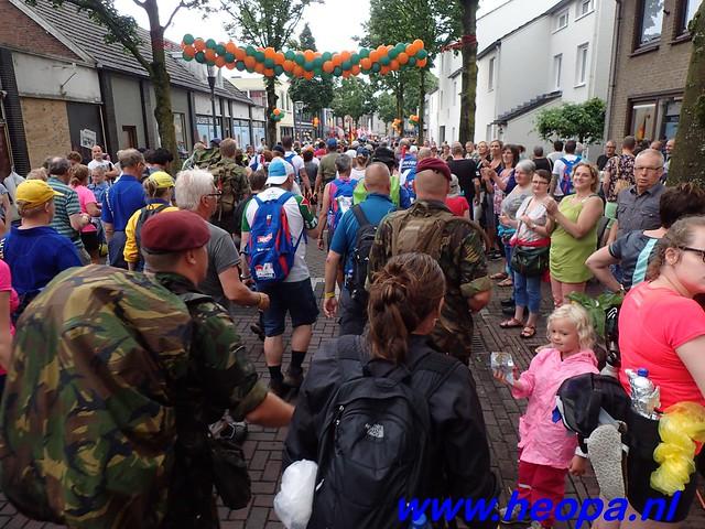 2016-07-22   4e     dag Nijmegen      40 Km   (94)