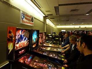 2012 NW Pinball and Arcade Show Day 2 01
