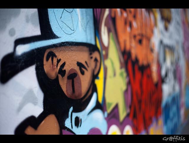 ★ Graffitis ~ Karim SAARI ©