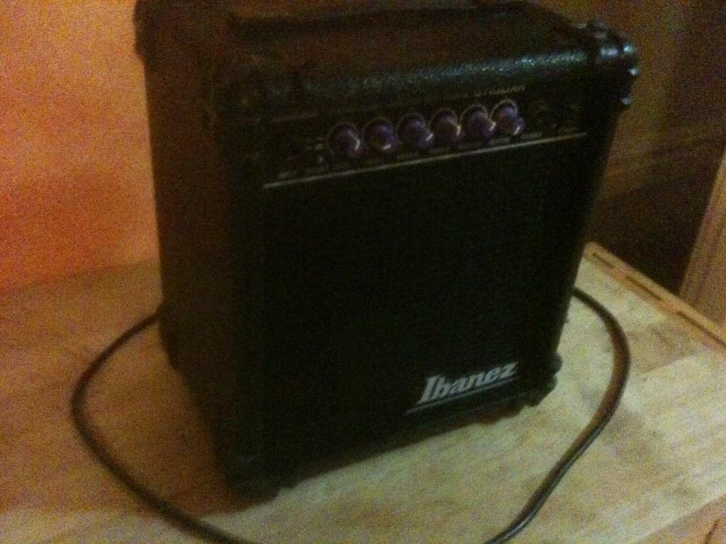 img 0115 ibanez guitar amp model no gt 10 dxr needs some flickr. Black Bedroom Furniture Sets. Home Design Ideas