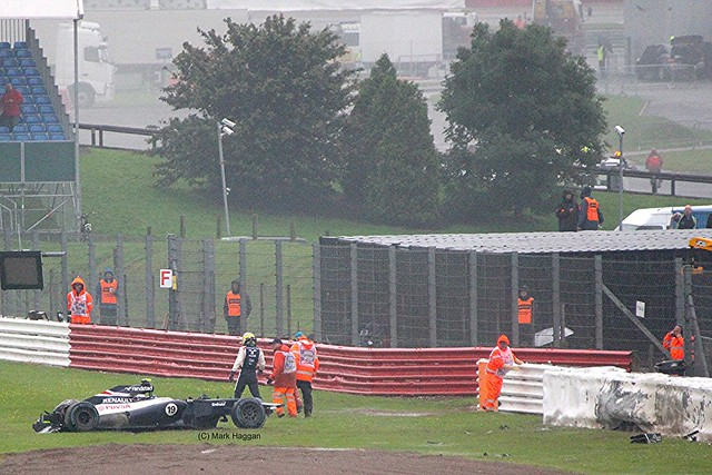 Bruno Senna's Crash at SIlverstone