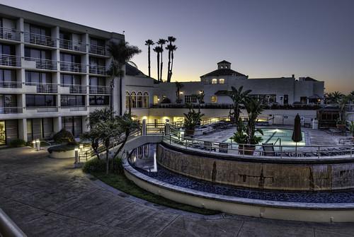 california pool sunrise hotel nikon day clear pismobeach hdr topaz sanluisobispocounty d80 vanhyning