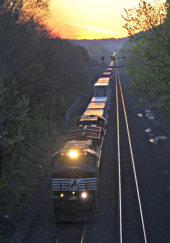 railroad train sunrise pentax pennsylvania tracks tokina pa greensburg manual kx szx