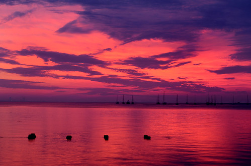 desktop morning red wallpaper sky cloud reflection water crimson night sunrise dawn bay newjersey skies nuvola cloudy background nj reflect cielo nuvem nube desktopwallpaper wolk desktopbackground derecho raritanbay pilv