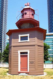 DSC00550 - Queen's Wharf Lighthouse | by archer10 (Dennis)