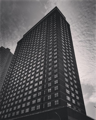 NYC (after a coffee)  #NewYork #travelgram #travel #architecture #building #lookingup #modern #blackandwhite #photography #Photo #cloudporn #trip #beautiful #archilovers #iloveny #ilovenyc #newyorkphoto #instacool #instanewyork #mynyc #bigapple #thebigapp | by Mario De Carli