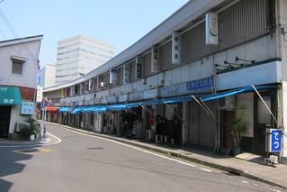 飲み屋長屋   by Hisashi Photos