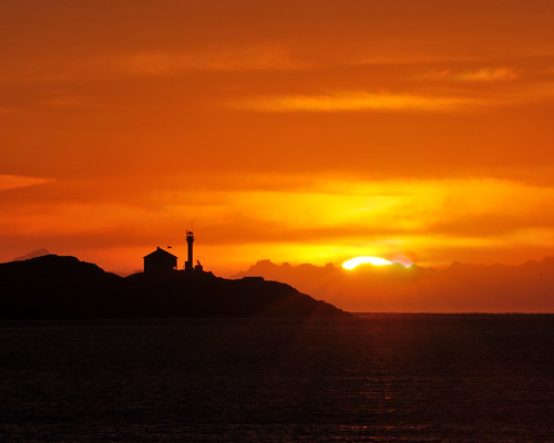 lighthouse canada sunrise island bc victoria vancouverisland sillouette iamcanadian 50300mmf45ais cans2s