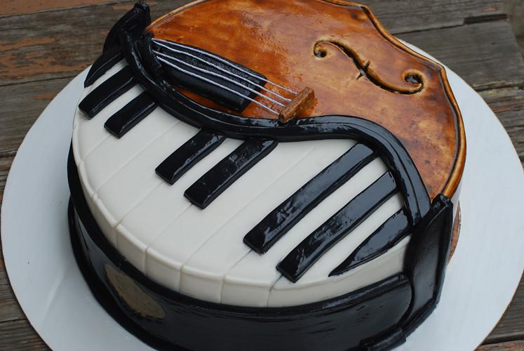 Piano Cello Cake   Half piano half cello cake for a surprise