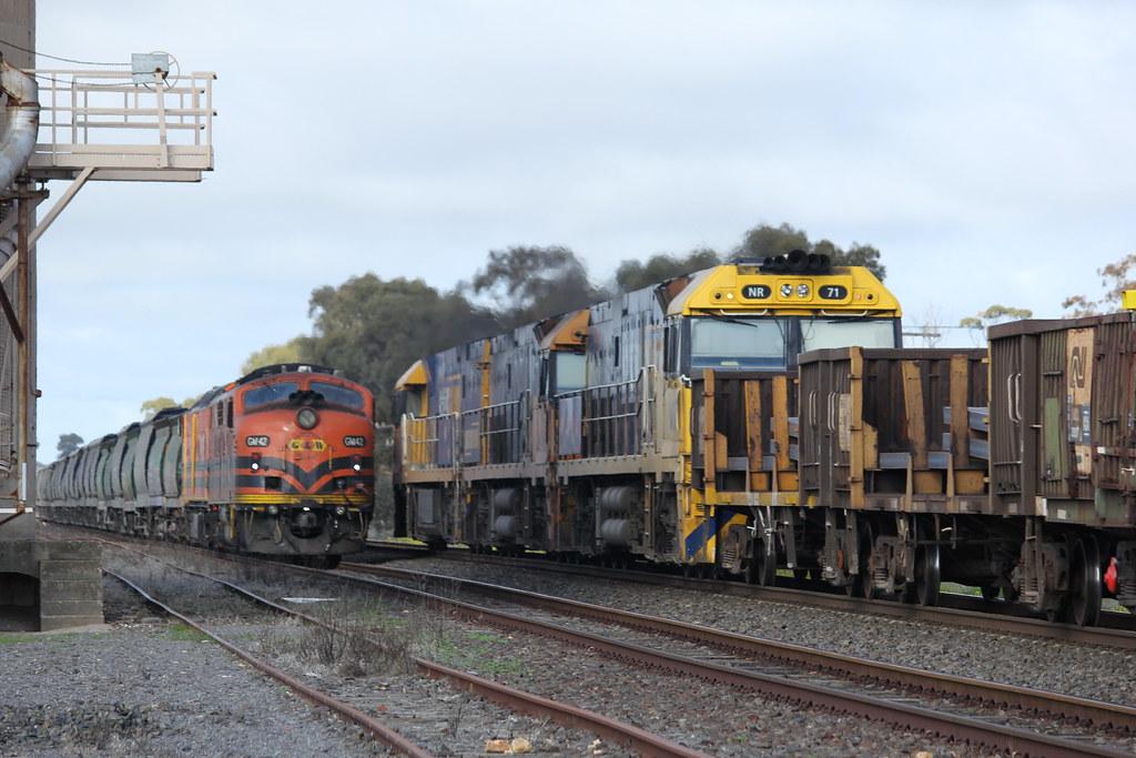 NR5 NR19 and NR71 cross GM42 and CLP17 at Lubeck Loop in Western Victoria by bukk05