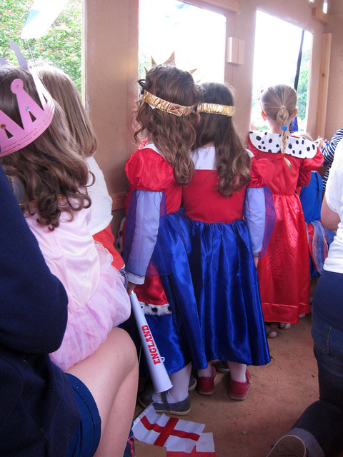 Princesses Looking out - Queen's Diamond Jubilee