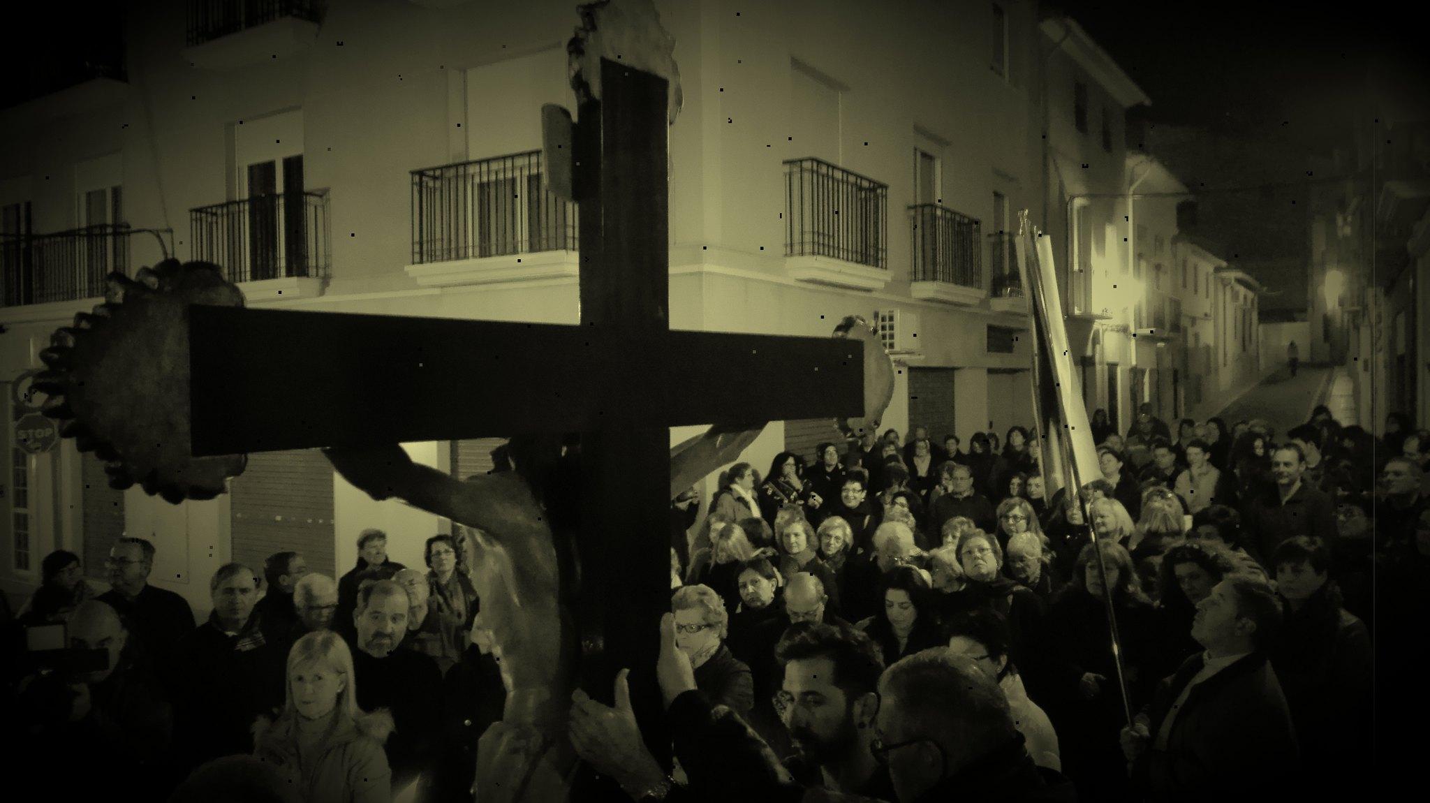 (2016-03-18) - VII Vía Crucis nocturno - Javier Romero Ripoll (115)