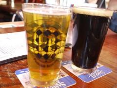 日, 2012-04-29 15:43 - Captain Lawrence Kolsch(左)、Irish Breakfast Stout(右)