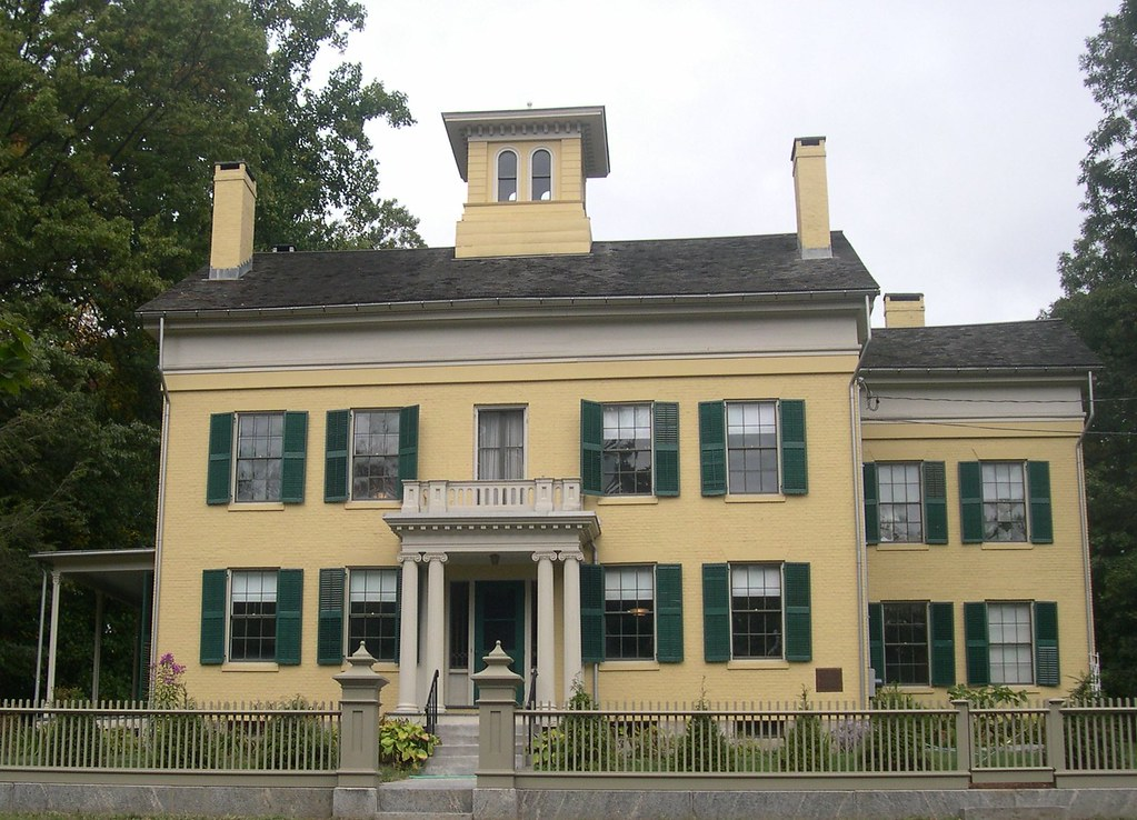 Emily Dickinson Museum - Amherst