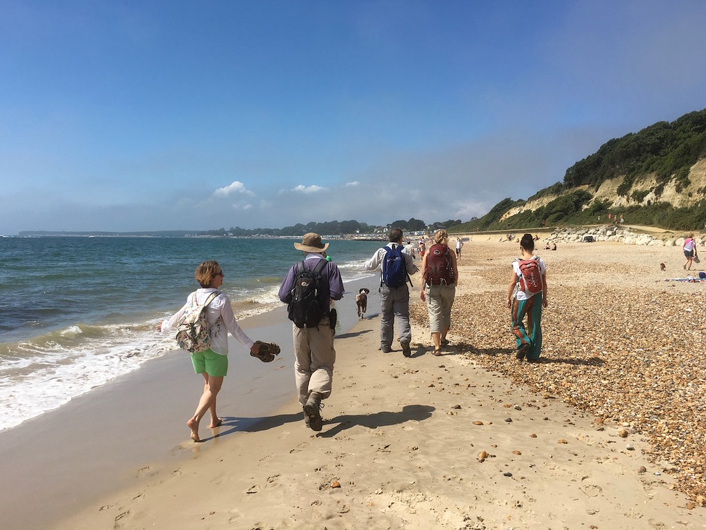 Highcliffe Beach Barton to Bournemouth walk