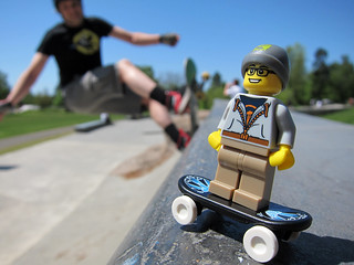 Skater LEGO Collectable Minifigures Series 1
