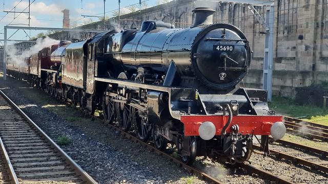 LMS Jubilee class 45690 Leander