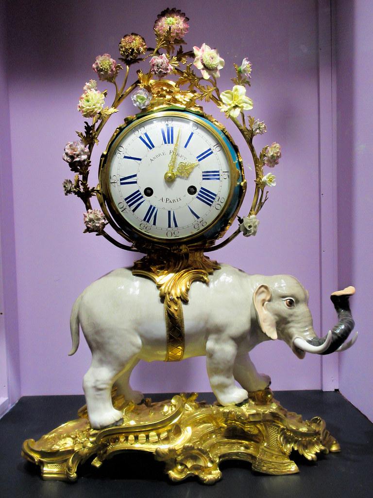 Halim Porcelain Elephant Clock   French porcelain elephant c