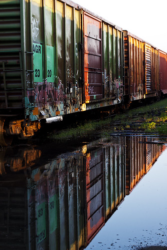 reflection trains railcar pensacola trainyard