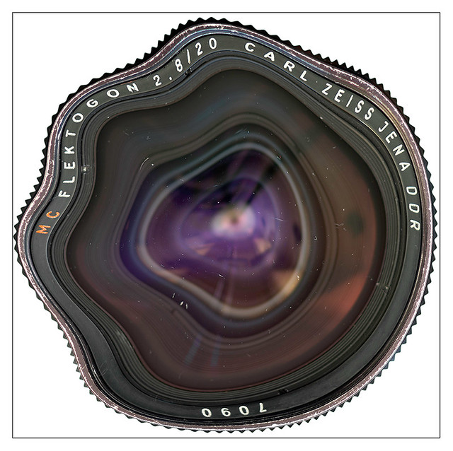 Distorted Flektogon