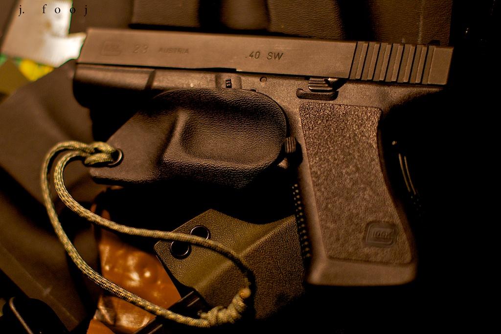 Kydex Skeleton Holster Glock 23 | Easy deployment and added