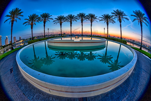 reflection fountain sunrise stpetersburg florida fisheye palmtrees nik vignette hdr topaz photomatix