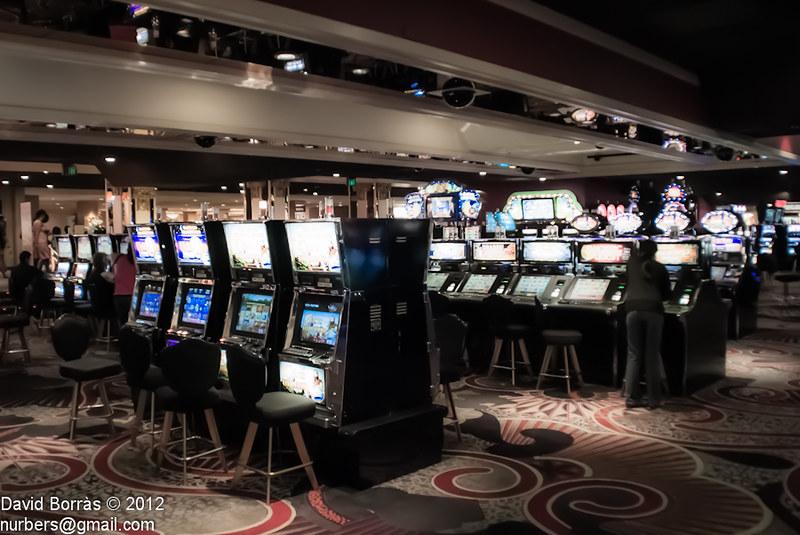официальный сайт почему не работает казино корона