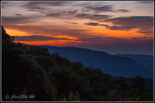 sunrise blueridgeparkway crackofdawn smokies smokeymountains