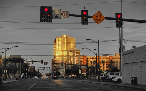 street nevada lasvegas trafficlight redlight clear day dusk nex6 photomatix selp1650 2xp raw hdr outdoor sunset qualityhdr qualityhdrphotography partialmonochrome gold red gray fav100